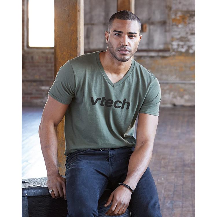 Anvil 982 Lightweight Ringspun V-Neck T-Shirt